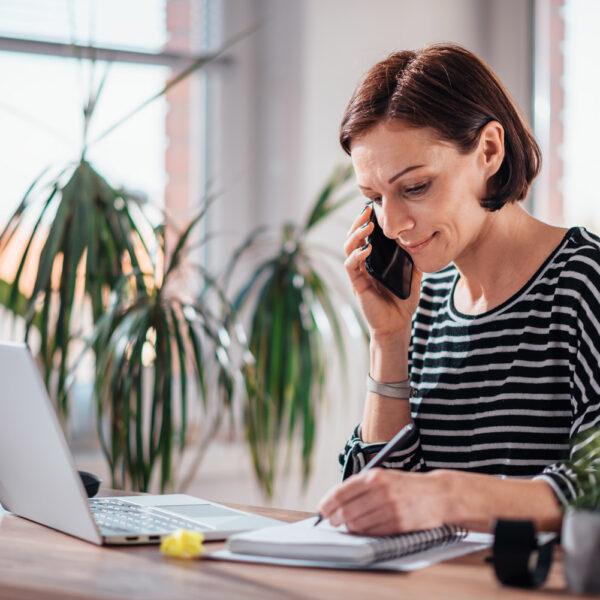Teletrabajo, muebles para una zona de trabajo en casa ideal